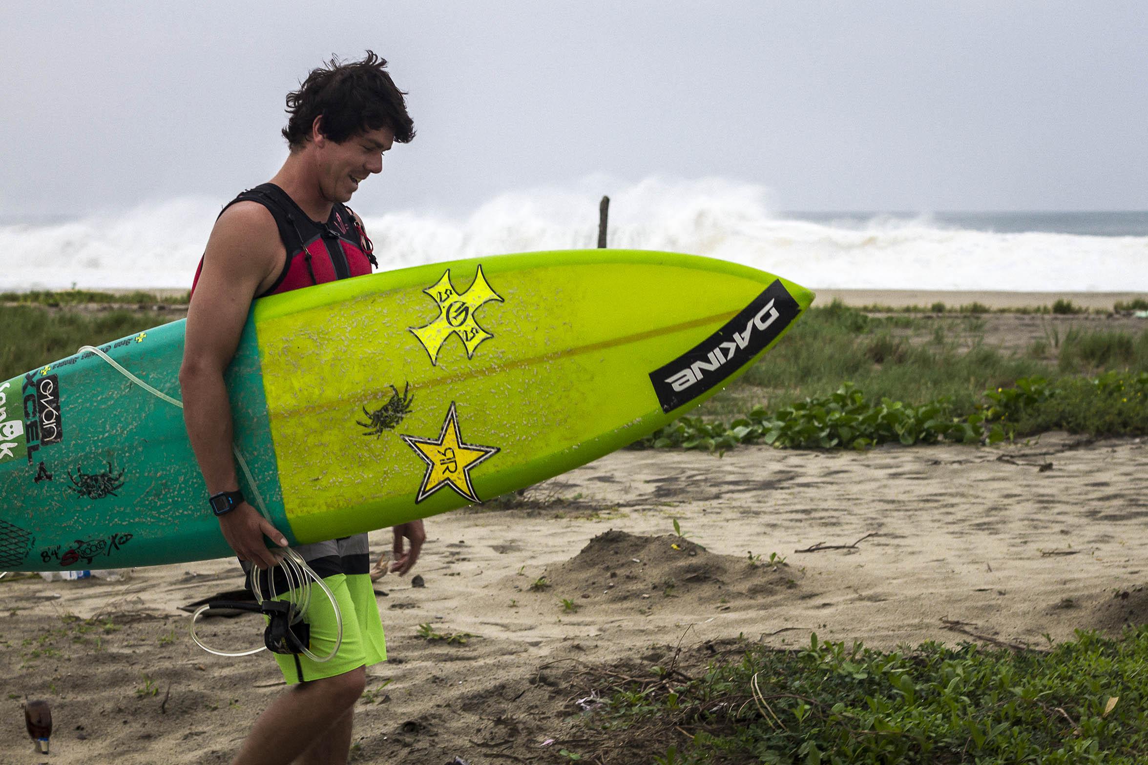 1surfboard